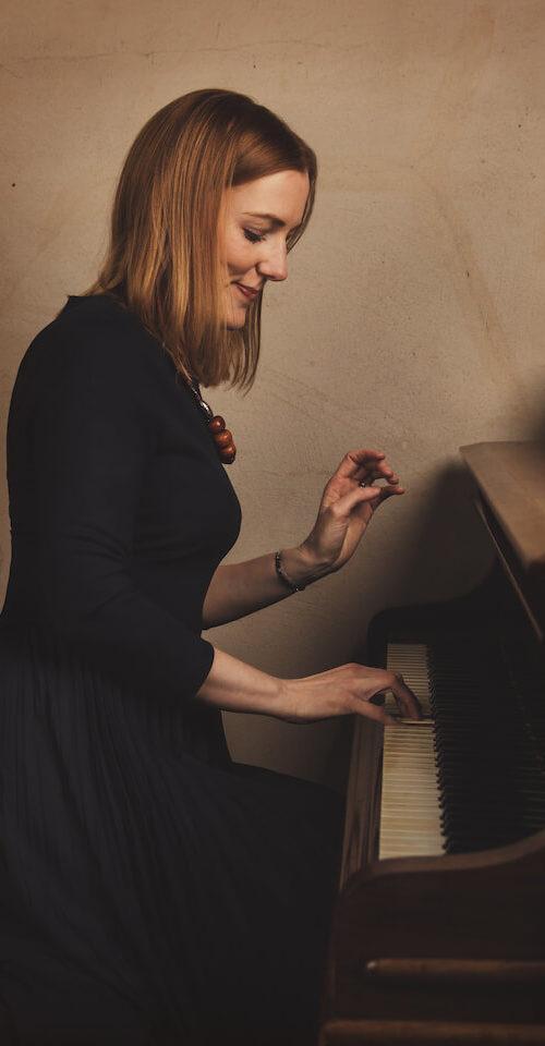 Alexandra Stevenson Piano